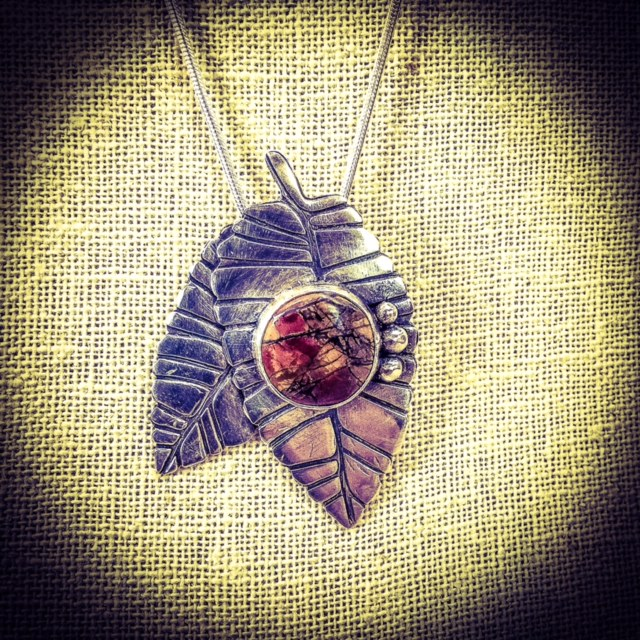 1/27/2017 10:30am - 6:00pm Gail Stouffer Metal Clay 960 Pendant: Soldering Bezels with Semi-Precious  Stone