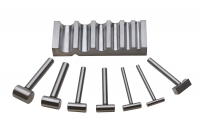 Metal Grooved Block and Hammers, 7 Piece Set||DAP-435.00