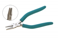 EURO TOOL's Classic Wubbers Wide Flat Nose Pliers||PLR-1238