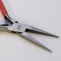 Extra Duty Pliers, Extra Long Chain Nose, Serrated, 5-1/2 Inches||PLR-302.02